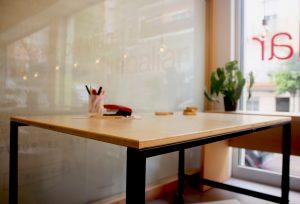 mobiliari de fabricació pròpia
